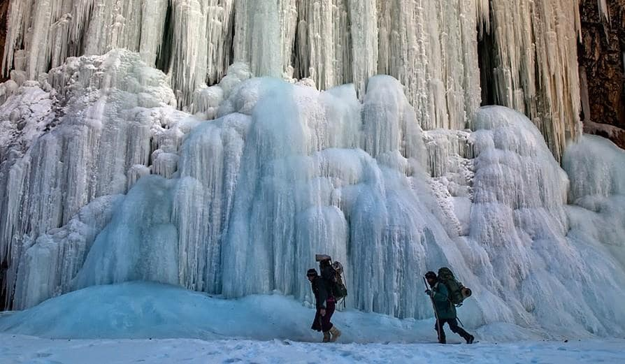 Must Visit Places in India - Chadar, The Frozen River Trek, Jammu and Kashmir